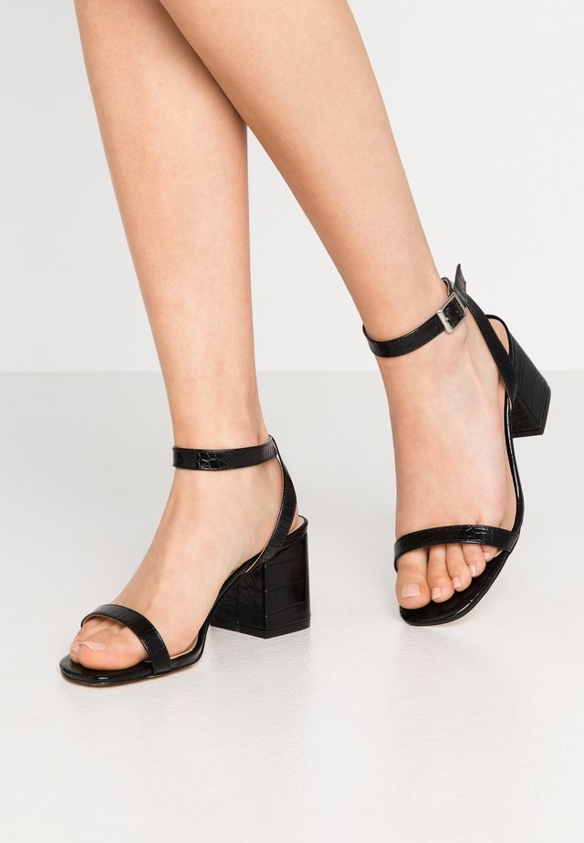 BLOCK HEEL BARELY THERE - Sandals - black