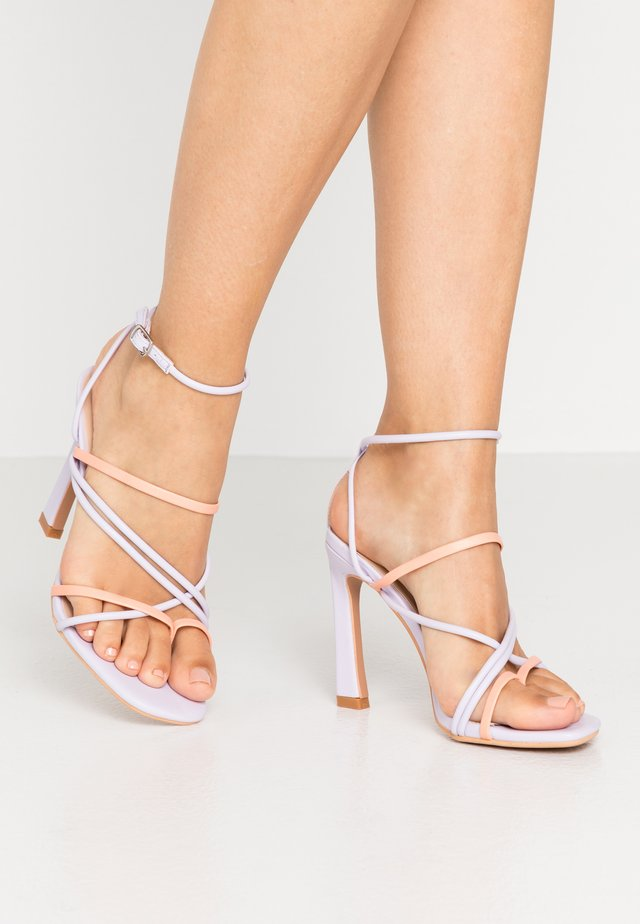 STRAPPY MIXED COLOUR - High Heel Sandalette - lilac