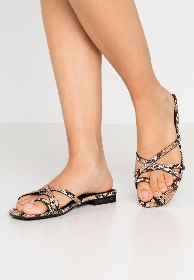 TOE POST STRAPPY  - T-bar sandals - grey