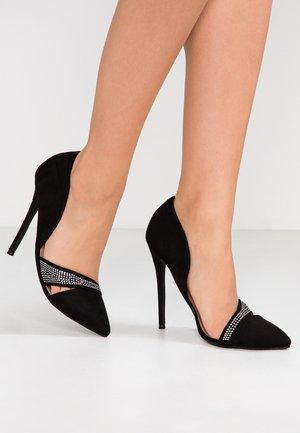 TRINITY HOTFIX DETAIL COURT - Zapatos altos - black