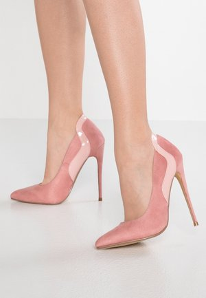 CLEO CURVED STILETTO COURT SHOE - Høye hæler - pink