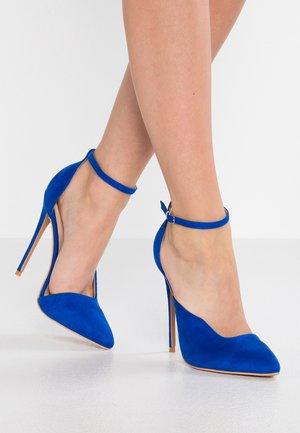 CHI ASYM TOPLINE STILETTO COURT SHOE - High heels - blue