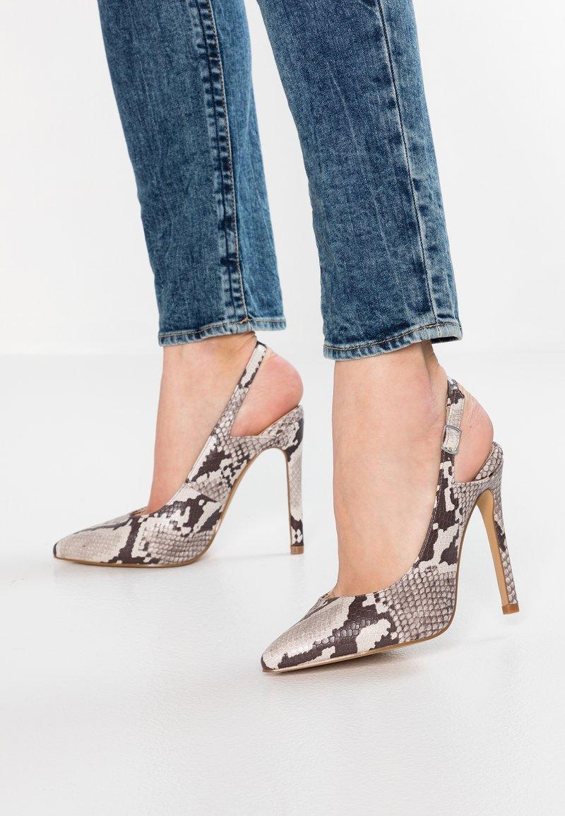 Lost Ink - CASS SLINGBACK COURT SHOE - High heels - nude