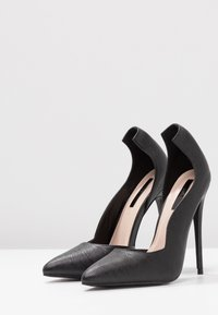 Lost Ink - COCO COUNTER CUT COURT SHOE - Høye hæler - black - 4
