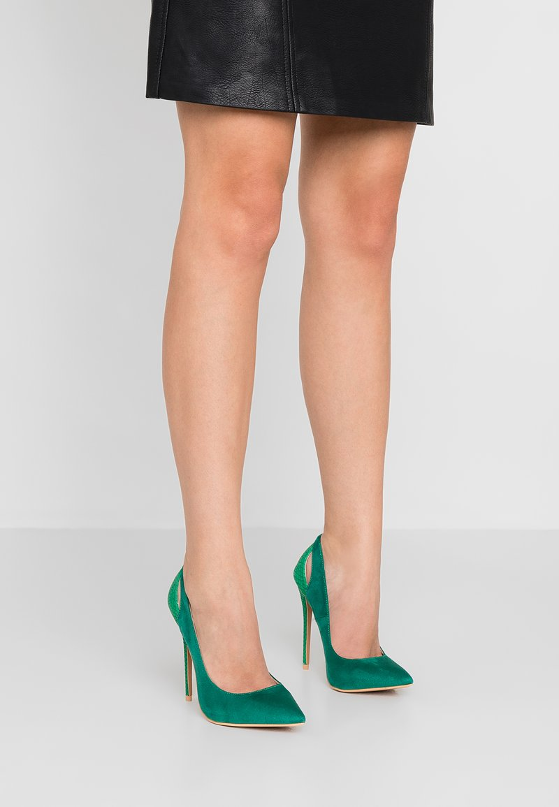 Lost Ink - CORIN CUTOUT COURT SHOE - Højhælede pumps - green