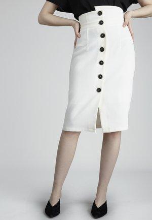 Pencil skirt - white