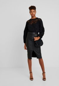 Lost Ink - PENCIL SKIRT WITH SEAM DETAIL - Gonna a tubino - black - 1