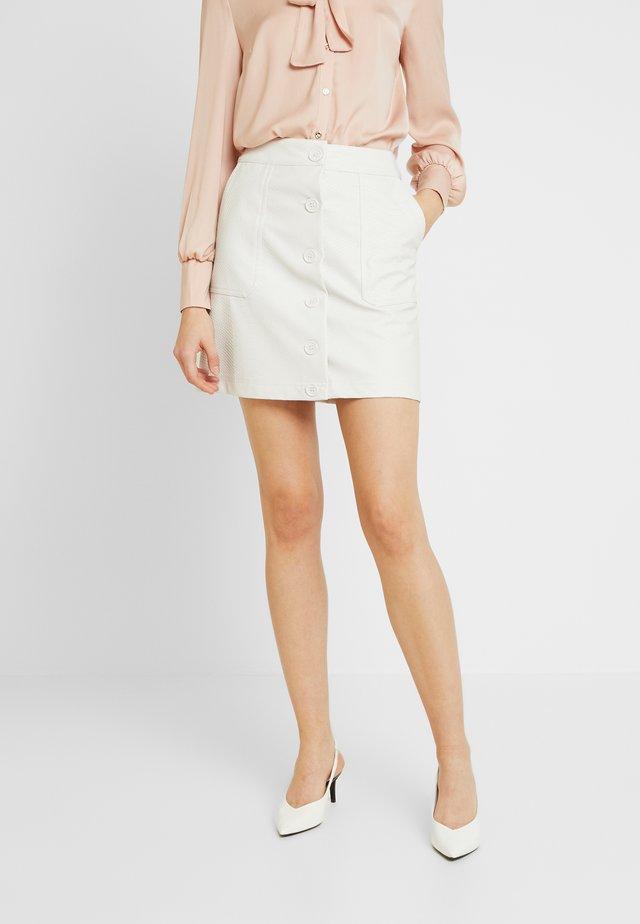 SNAKE SKIRT - Spódnica trapezowa - white