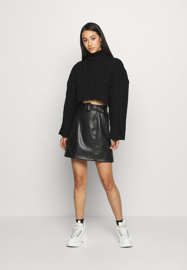 BELTED SKIRT - Jupe trapèze - black