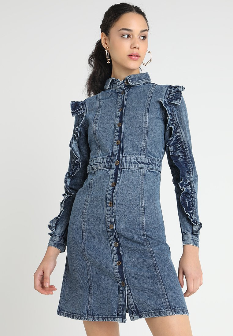 Lost Ink - DRESS WITH FRILL SLEEVE - Dongerikjole - denim
