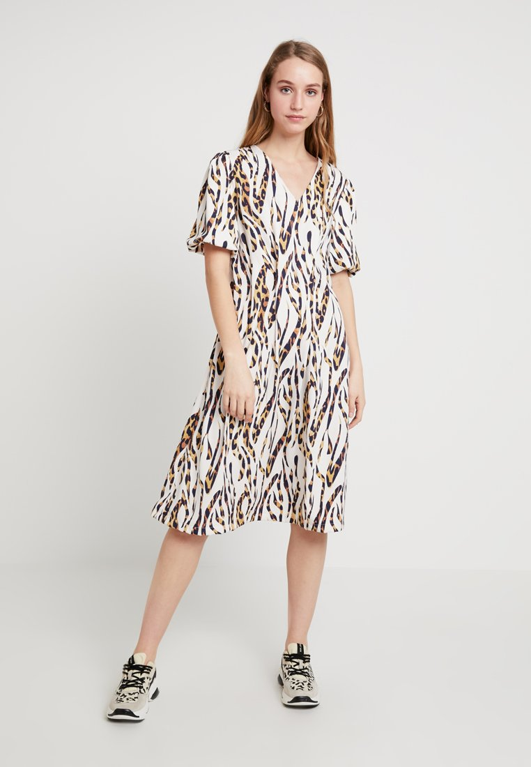 Lost Ink - MIDI DRESS IN LEOPARD SQUIGGLE - Day dress - off-white