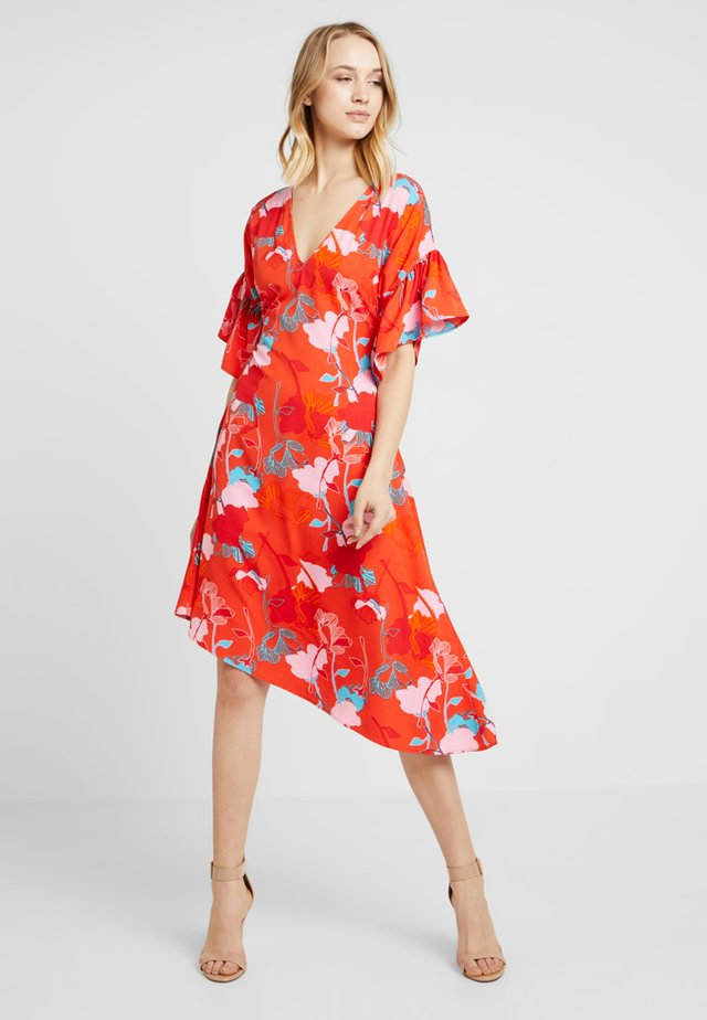 MIDI DRESS WITH FRILL SLEEVE IN FLORAL - Robe d'été - multi red