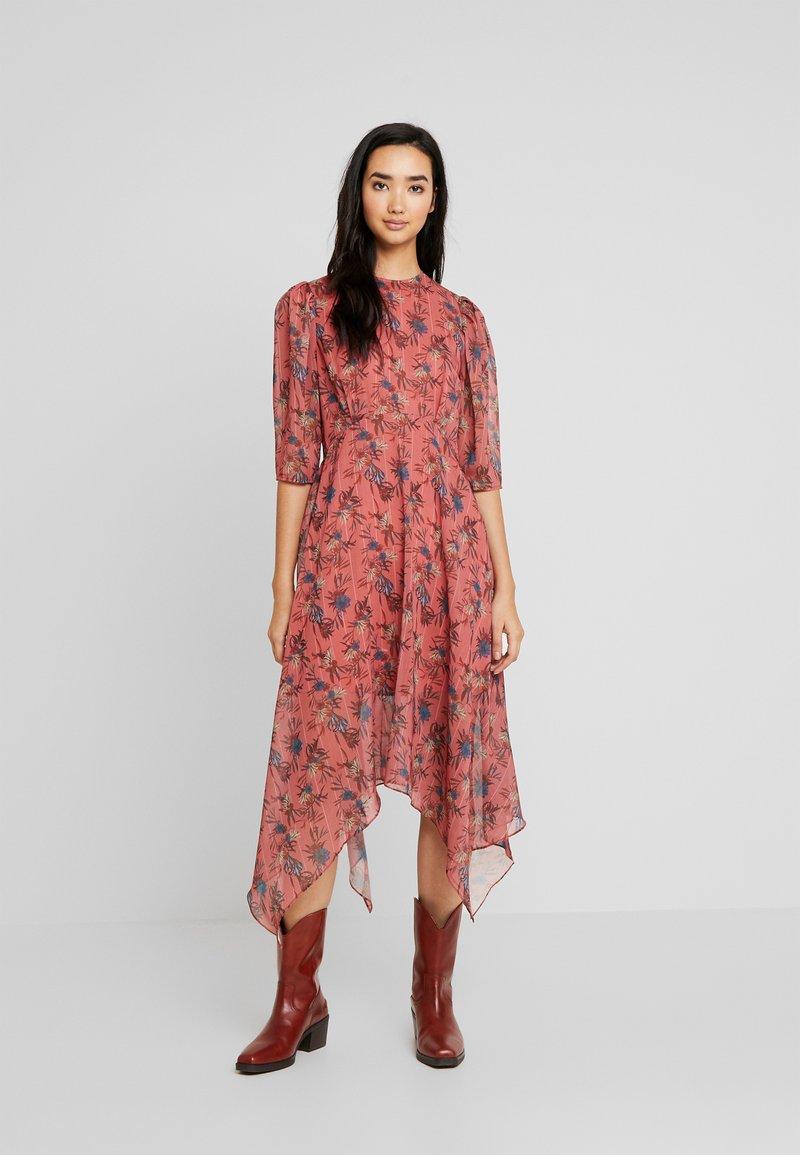 Lost Ink - ASYM PRINTED DRESS - Denní šaty - multi