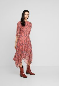 Lost Ink - ASYM PRINTED DRESS - Denní šaty - multi - 1