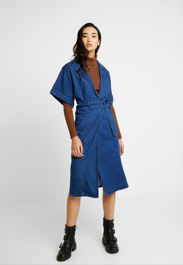 UTILITY WRAP DRESS - Denim dress - mid denim
