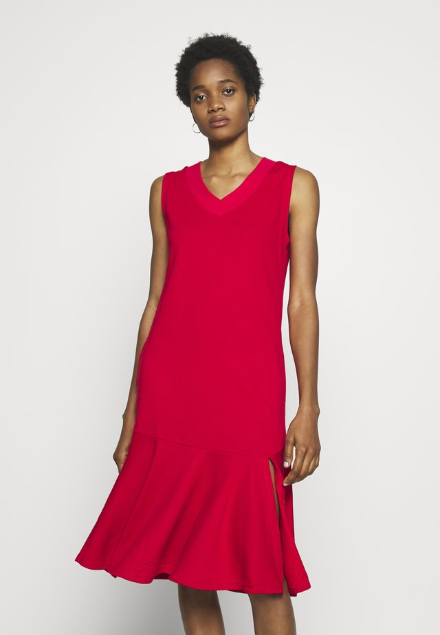 LESS FRILL WITH POCKETS - Day dress - red