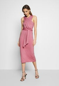 Lost Ink - CROSS FRONT TIE WAIST DRESS - Vestido ligero - pink - 0