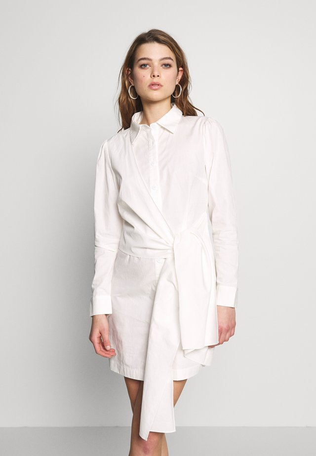 TIE FRONT DRESS - Shirt dress - white
