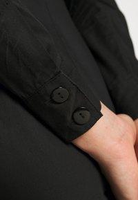 Lost Ink - TIE FRONT DRESS - Košilové šaty - black - 6