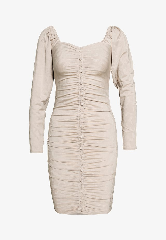 RUCHED DETAIL BUTTON DOWN DRESS - Denní šaty - beige