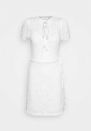 V NECK WRAP MINI DRESS - Vestido informal - white