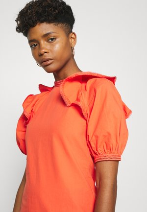 TRIM DETAIL RUFFLE SHOULDER  - Maxi šaty - orange
