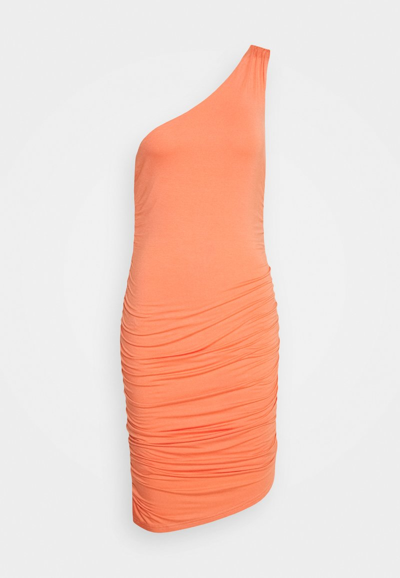 Lost Ink - ONE SHOULDER RUCHED BODYCON MINI DRESS - Robe d'été - coral