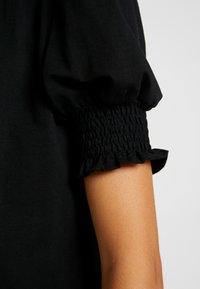 Lost Ink - WITH SHIRRED DETAIL - T-shirt z nadrukiem - black - 5