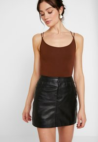 Lost Ink - STRAPPY BODYSUIT - Top - brown - 0