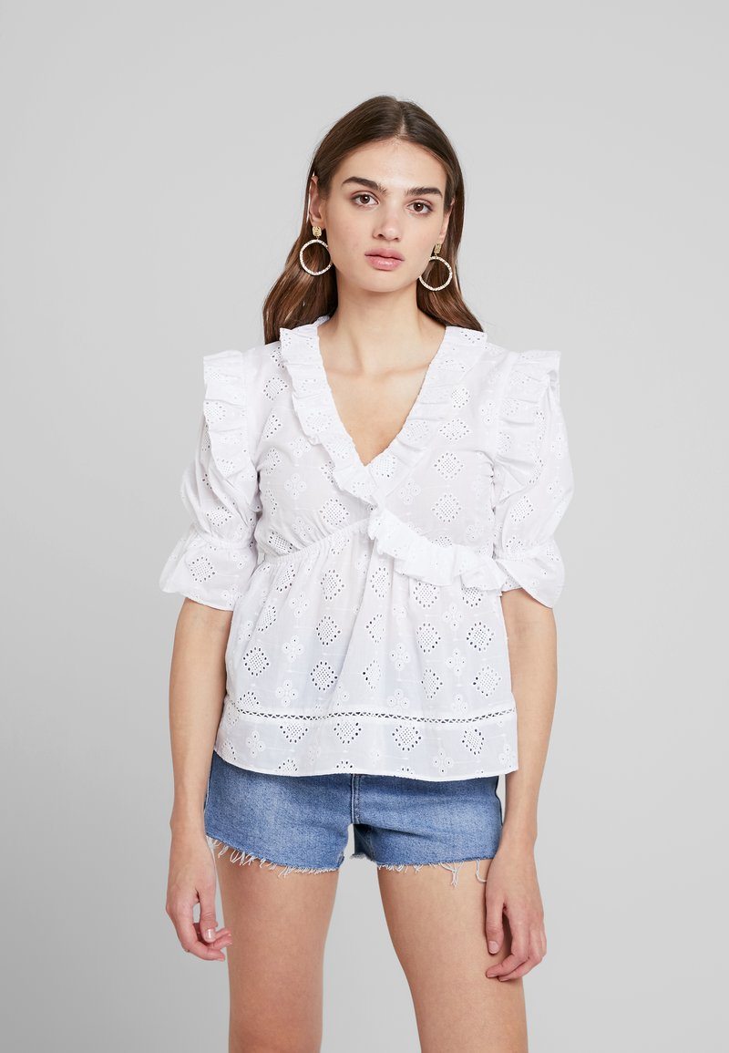 Lost Ink - BLOUSE IN BRODERIE WITH FRILL DETAIL - Blouse - white