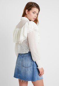 Lost Ink - MIX AND FRILL DETAIL - Blouse - ivory - 2