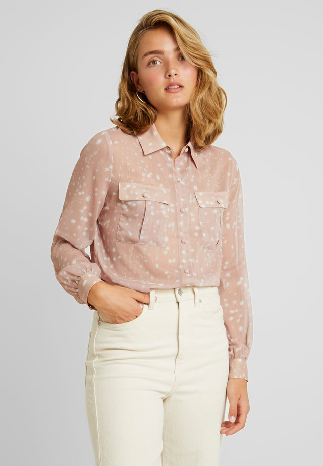 DEER PRINT WITH POCKET DETAIL - Blus - light pink