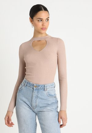 FRONT CUT OUT - Jumper - beige