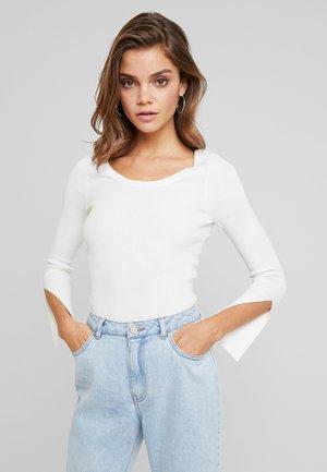 SCOOP NECK SPLIT CUFF JUMPER - Stickad tröja - off white
