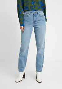 Lost Ink - VINTAGE MOM - Relaxed fit jeans - light denim - 0