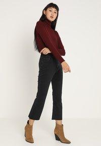 Lost Ink - Flared jeans - washed black - 2