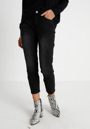 TOMBOY  - Jeans baggy - black