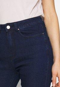 Lost Ink - SUPER HI WAIST PEONY - Jeans Skinny Fit - indigo - 5