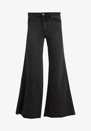 FLOOD LEG - Flared jeans - washed black