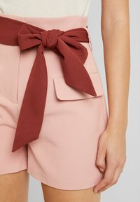 Lost Ink - HIGH WAIST CONTRAST TIE - Szorty - pink - 3