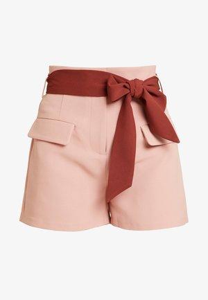 HIGH WAIST CONTRAST TIE - Szorty - pink