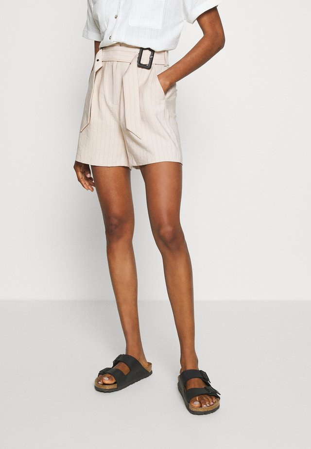 DOUBLE BUCKLE STRIPED  - Shorts - beige