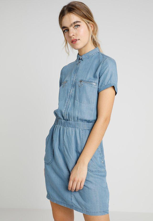 UBUD - Vestito di jeans - medium blue denim