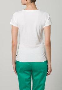 Le Temps Des Cerises - FAMBER - T-shirt imprimé - white - 4