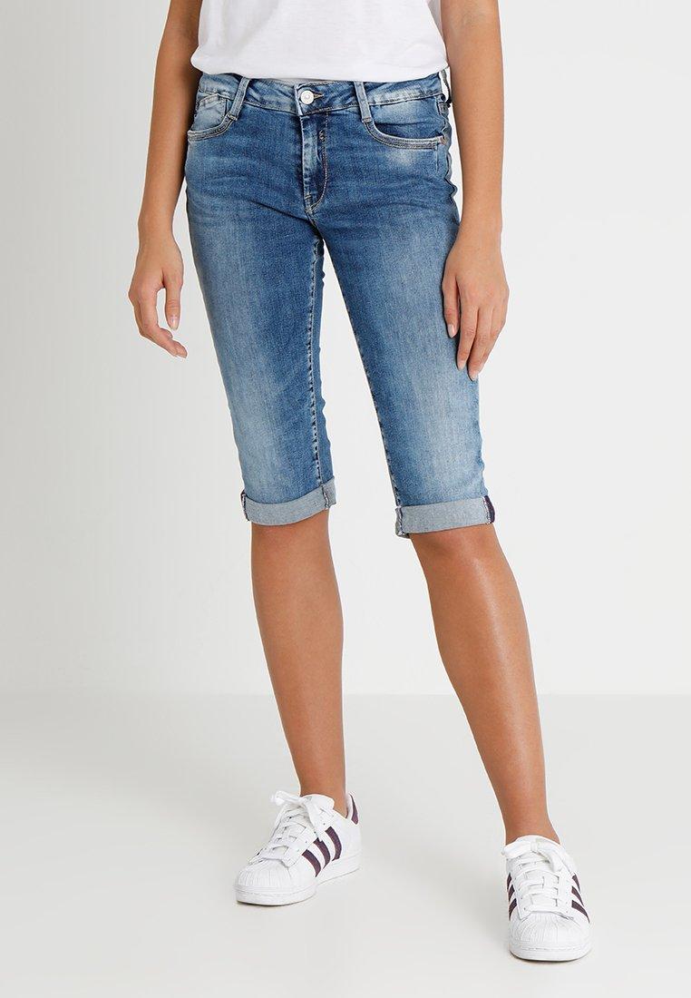 Le Temps Des Cerises - JOSIA - Jeans Shorts - blue