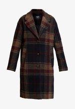 BELLY - Zimní kabát - midnight