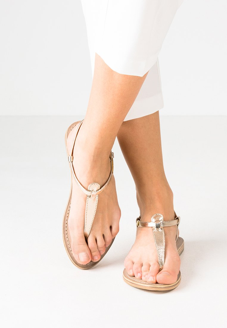 Les Tropéziennes par M Belarbi - NARVIL - Sandály s odděleným palcem - or