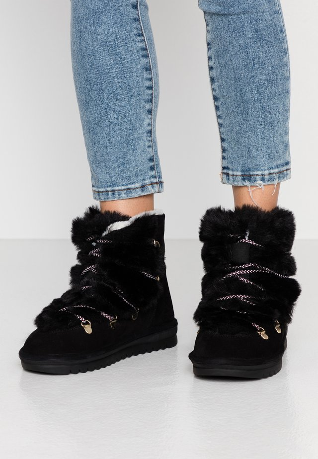 LAURENCE - Lace-up ankle boots - noir