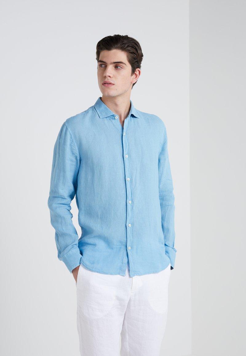 120% Lino - CAMICIA SLIM FIT - Overhemd - sky