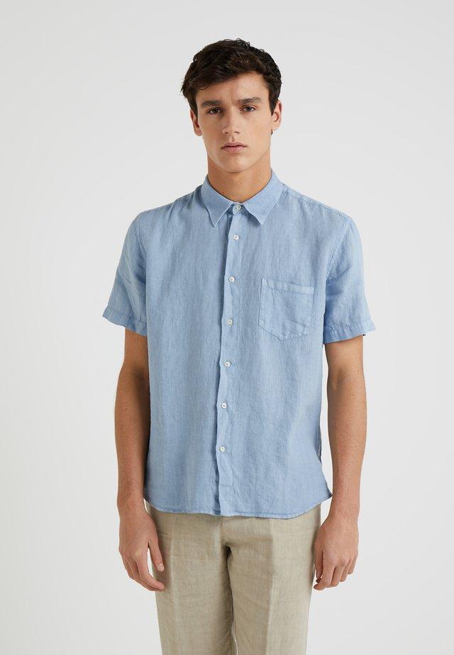 CAMICIA REGULAR FIT - Overhemd - powder blue